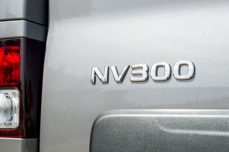 Nissan NV300 L2 30 M1 2.0 dCi FWD 145PS Acenta Combi Auto6 [Start Stop] detail view